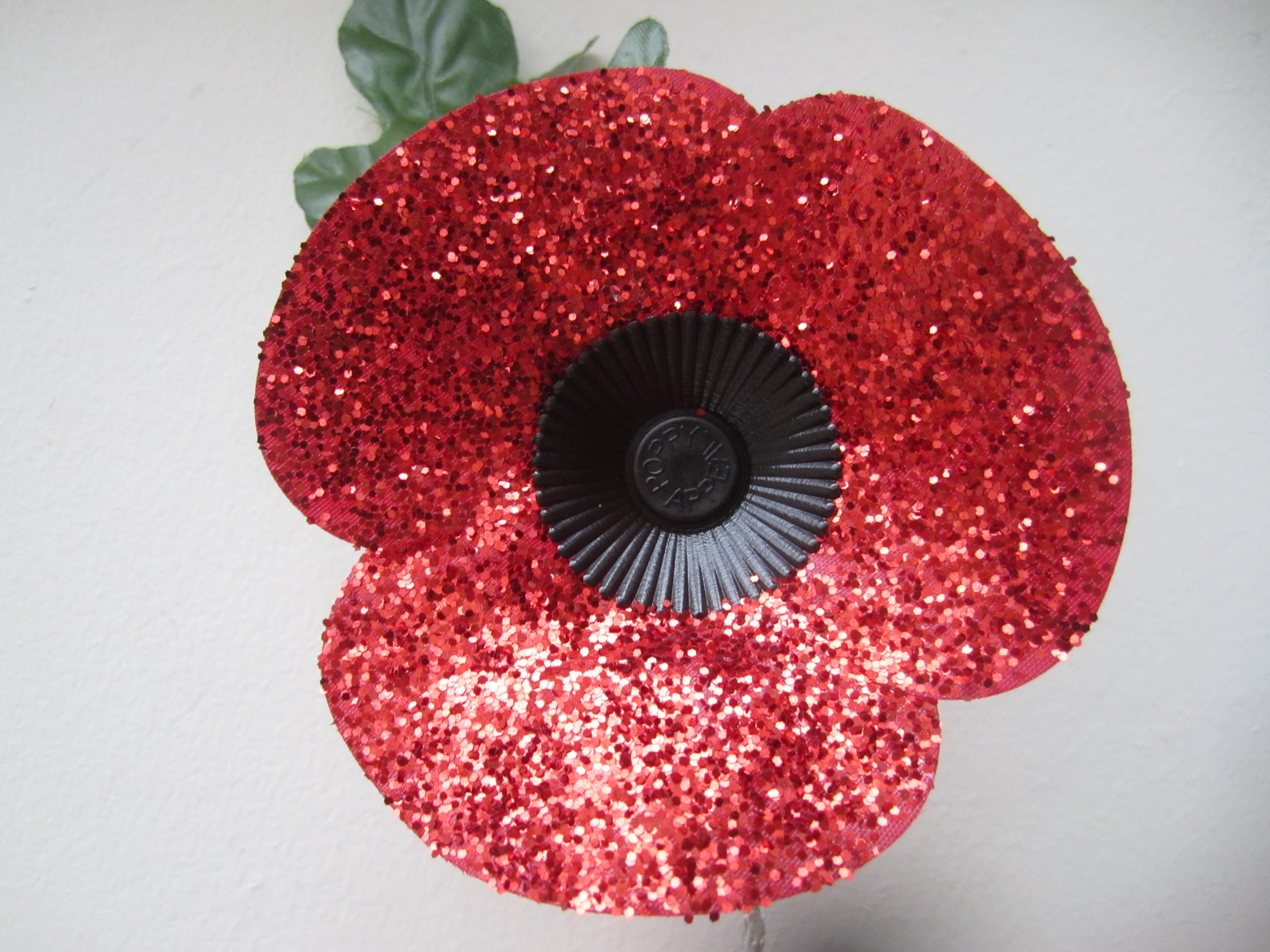 How to make a glitter poppy sew make play how to make a glitter poppy izmirmasajfo
